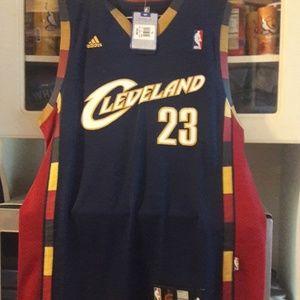 Men's LeBron James basketball jersey